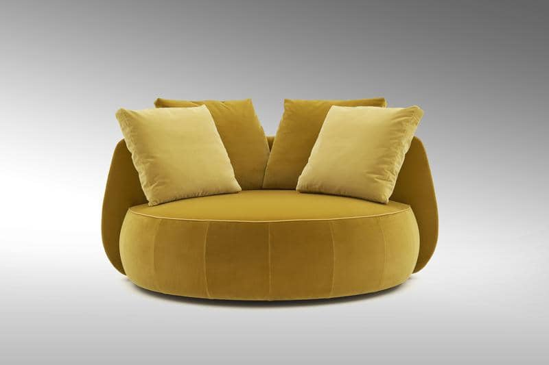 FF Moony loveseat front